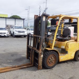 6182.UNICARRIERS FD30T4