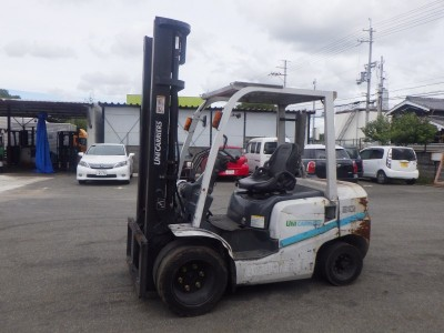 4386.UNICARRIERS FD30T4