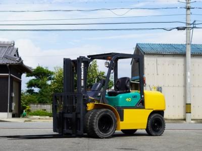 5717.KOMATSU FG40T-7