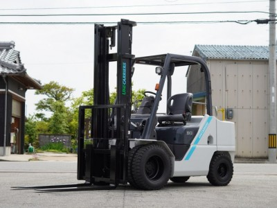 5398.UNICARRIERS FHD30T5